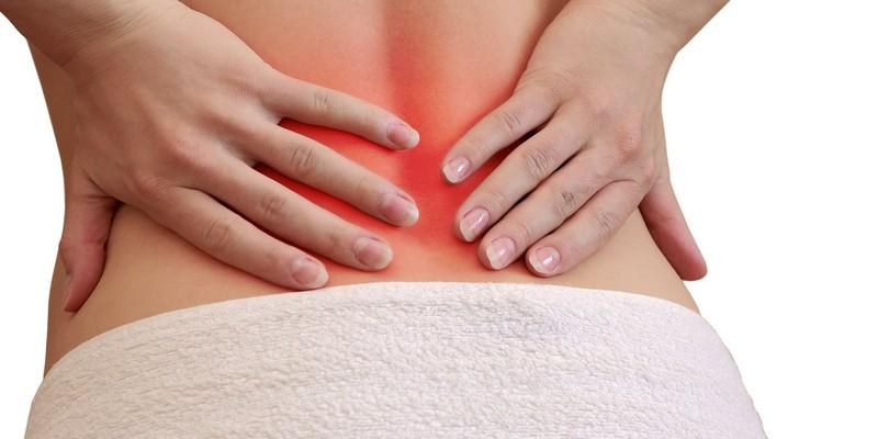 Болит спина ниже поясницы