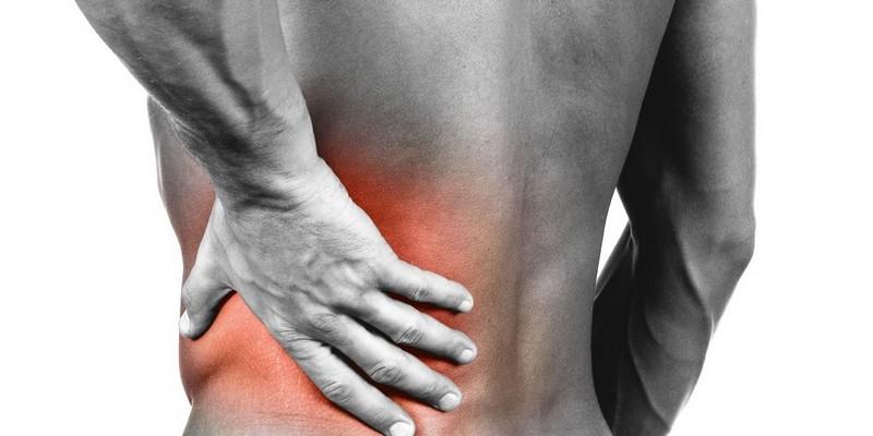 Почему возникает боль в левой стороне спины