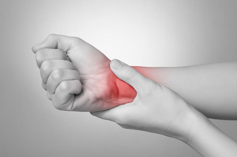 Боль в пояснице невозможно встать на ногу