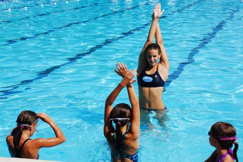 Можно ли заниматься художественной гимнастикой при сколиозе