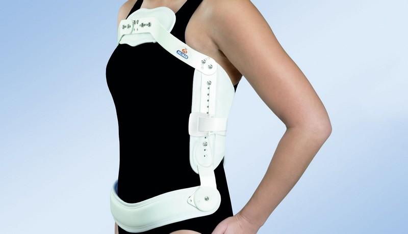 Реабилитация после компрессионного перелома позвоночника: лечебная гимнастика, корсеты