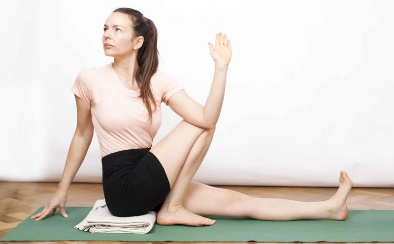 упражнения для растягивания поясницы