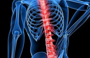 Болит правый бок сзади причины боль в правом боку сзади что делать