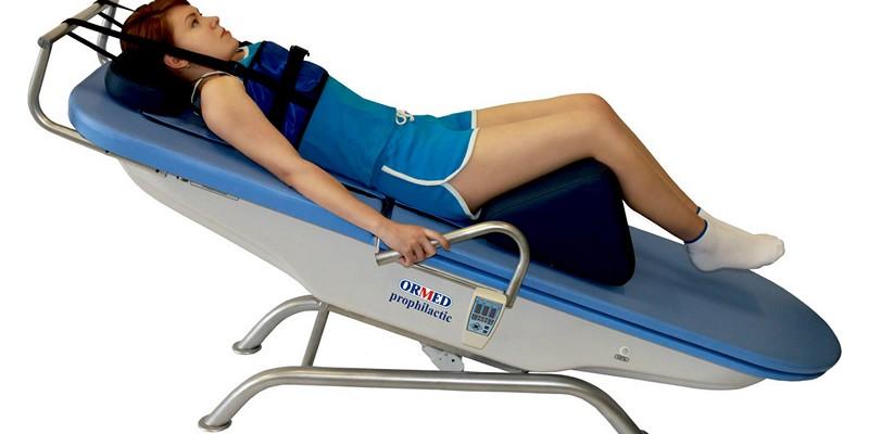 Кровать для создания мышечного корсета