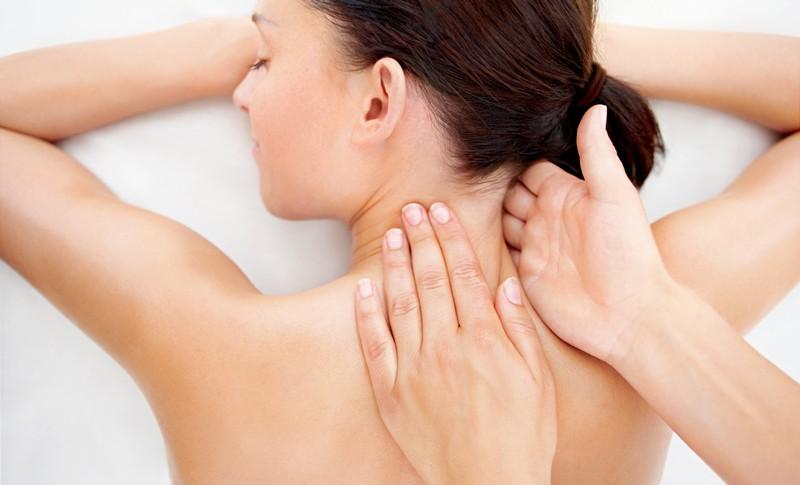 как проводится мануальная терапия шеи