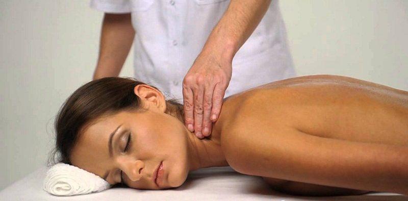 Как сделать массаж при шейном остеохондрозе видео