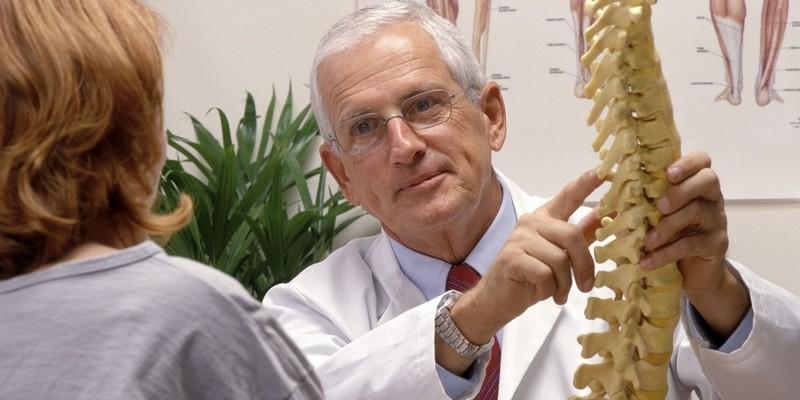 Как вылечить остеохондроз с корешковым синдромом: симптомы и схема лечения. Особенности лечения остеохондроза с корешковым синдромом