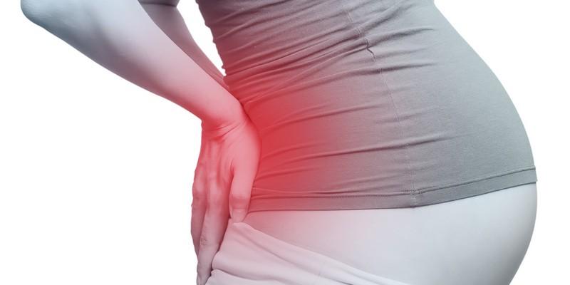 Болит копчик после родов почему