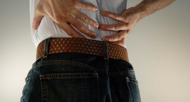 Боль в пояснице спине отдает в ногу причины лечение