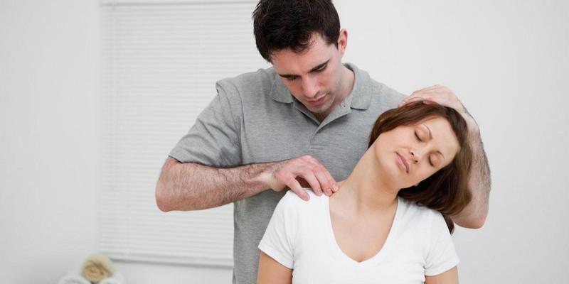 Выпрямление физиологического лордоза шейного отдела: лечение и основные симптомы